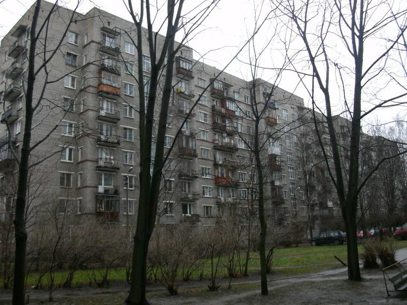 ул. Бутлерова 12