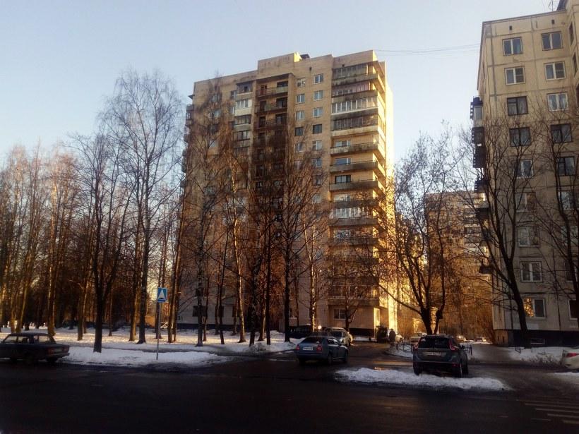 Бестужевская ул. 33к1