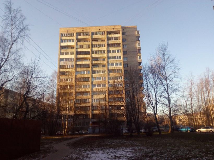 пр. Большевиков 35к2
