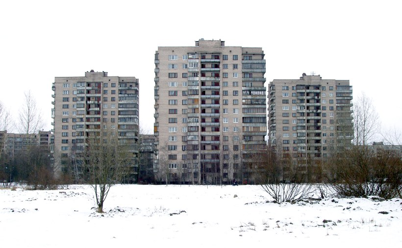 пр. Большевиков 33к5, 35к2 и 35к3