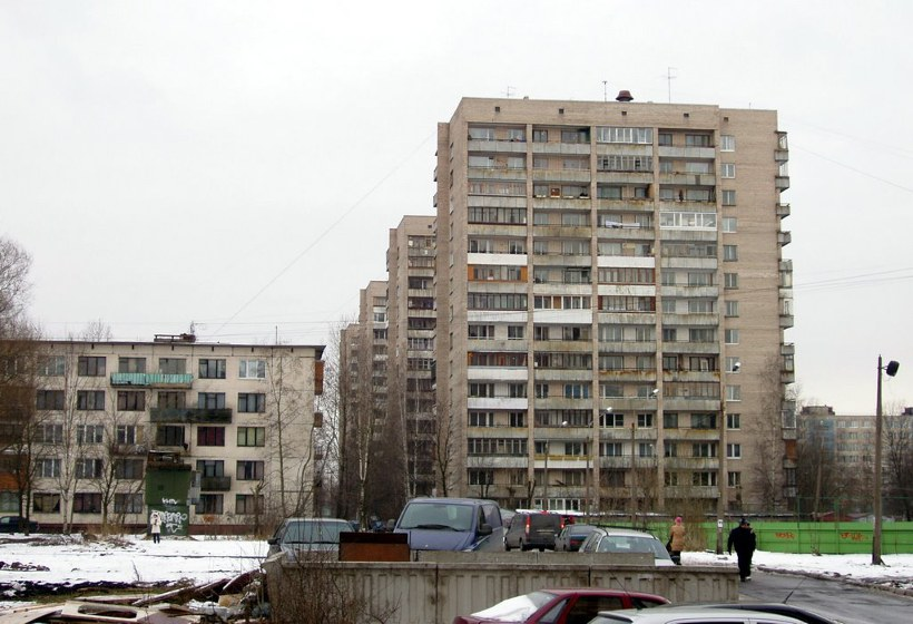 ул. Дыбенко 15к2