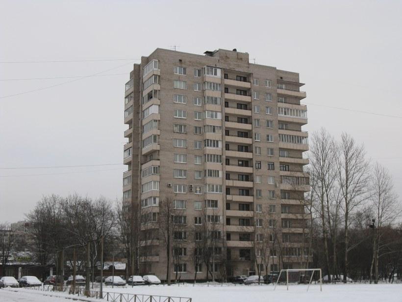 Пражская ул. 21