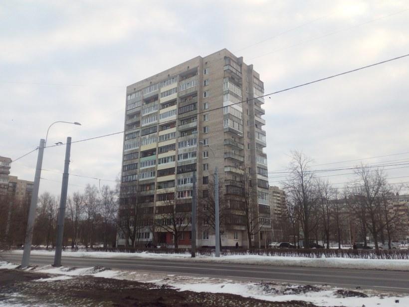 Пражская ул. 27