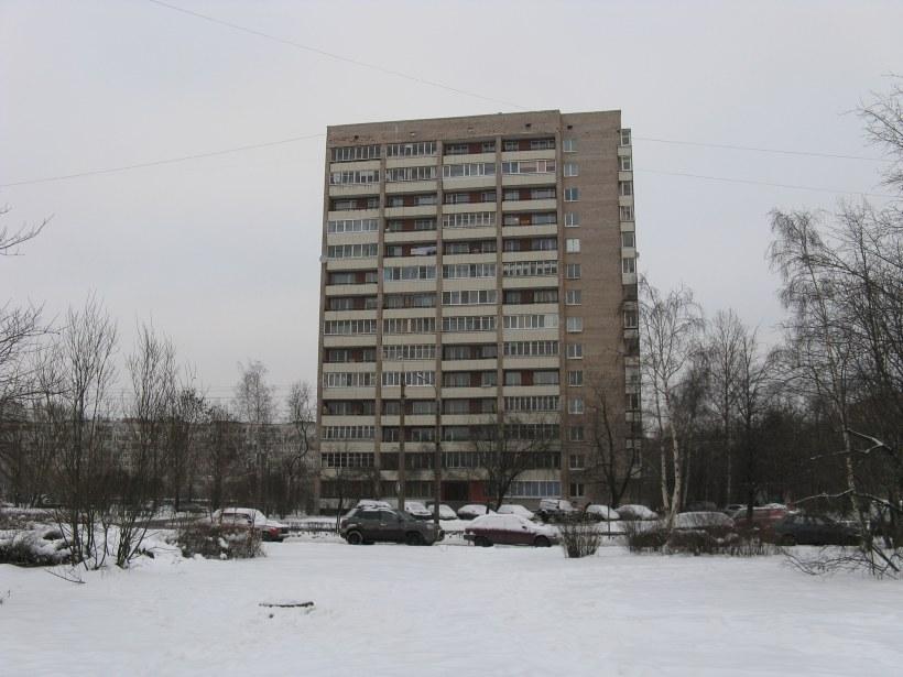 Пражская ул. 34