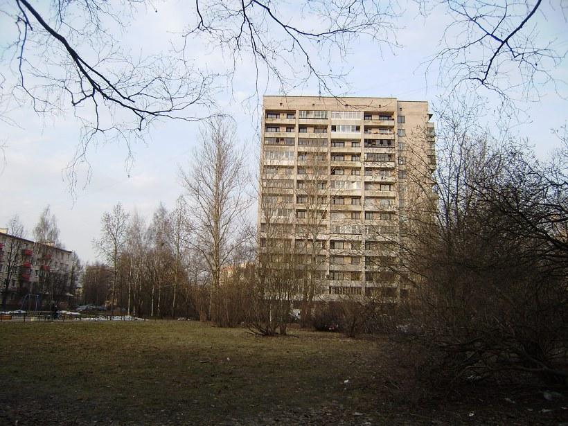 ул. Ленсовета 62к2