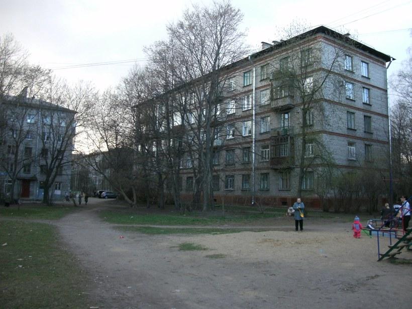 Гданьская ул. 9