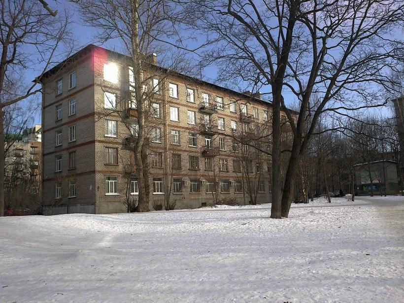 Гданьская ул. 17