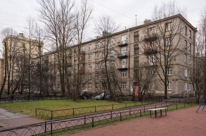 Московское шоссе 16к2