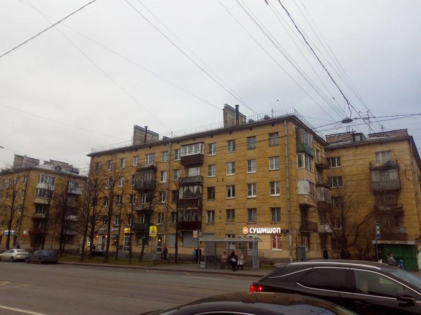 ул. Ленсовета 44