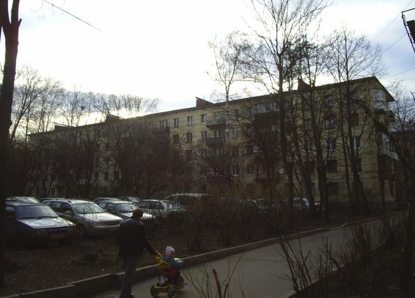 ул. Ленсовета 57
