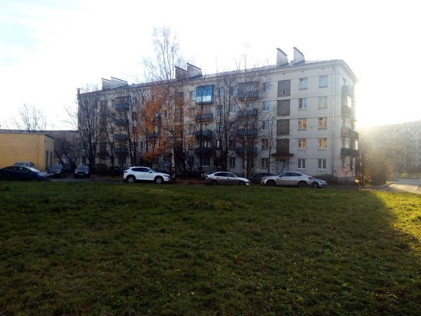 Краснопутиловская ул. 108