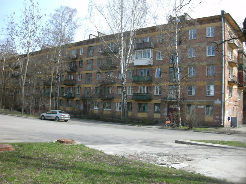 ул. Матроса Железняка 43