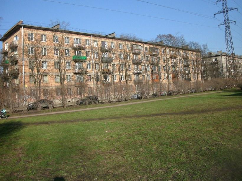 Омская ул. 19