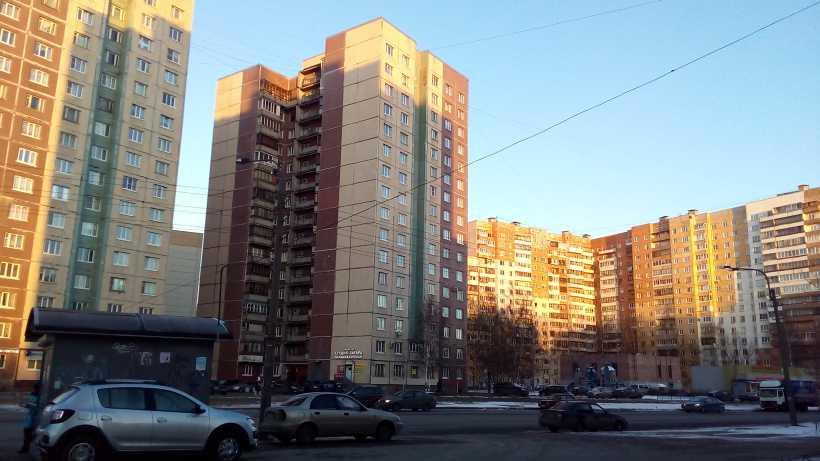 ул. Маршала Захарова 46