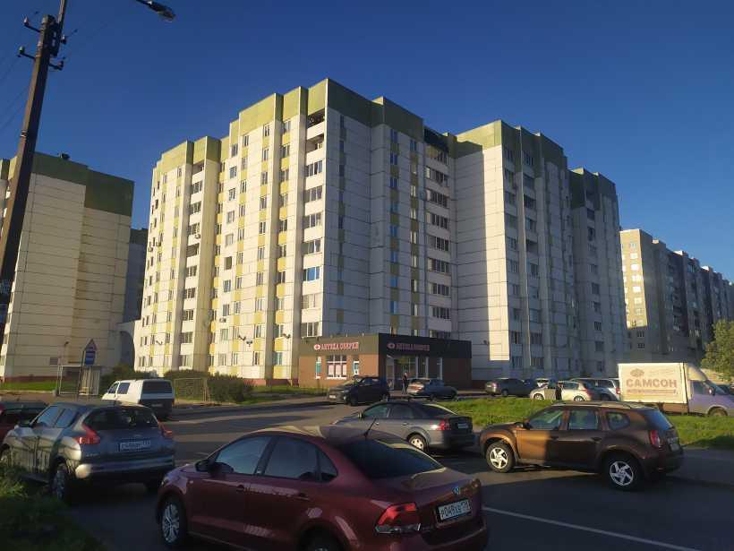 Бухарестская ул. 156к1Б