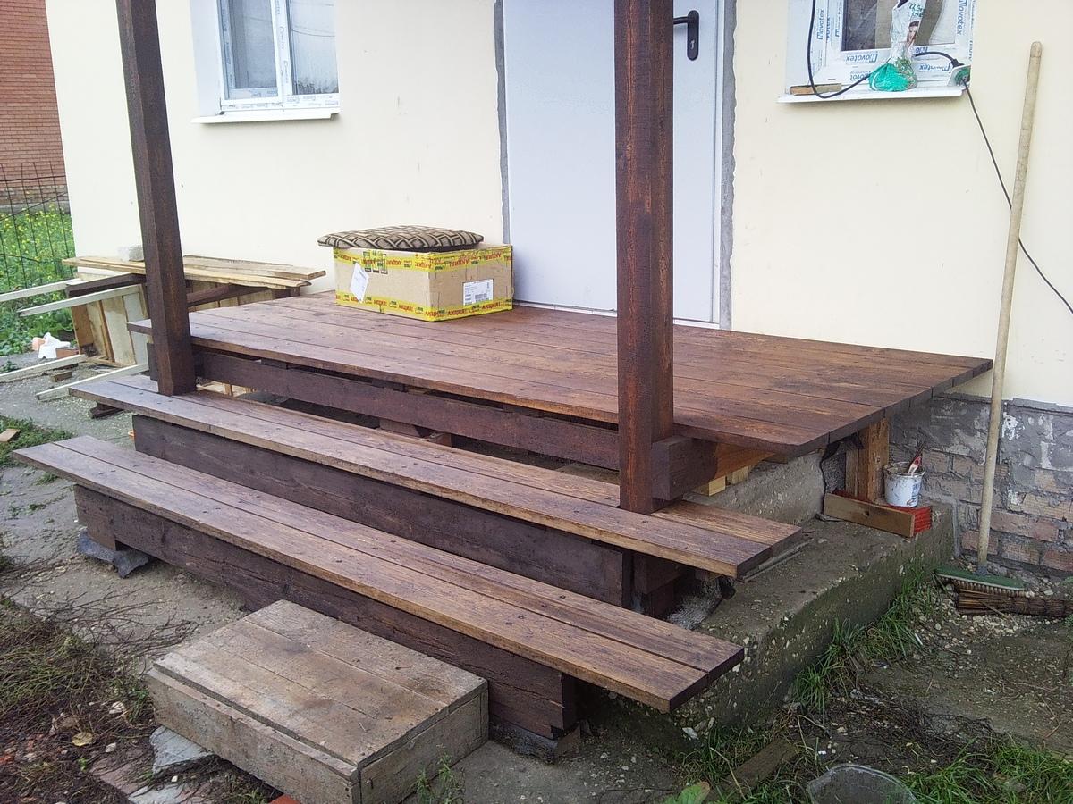 Как построить деревянное крыльцо своими руками: инструкция и 50