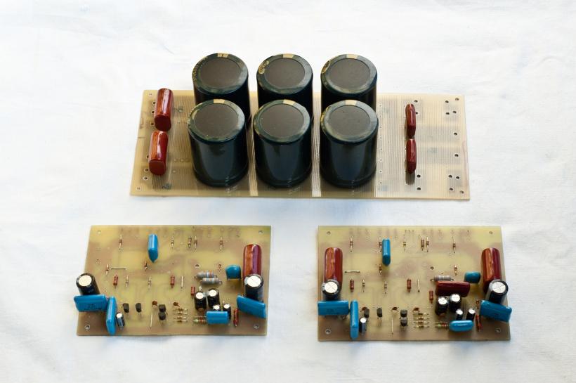06.02.2012 23:32. http://www.electroclub.info/invest/tda7294/hi-fi_us.htm.