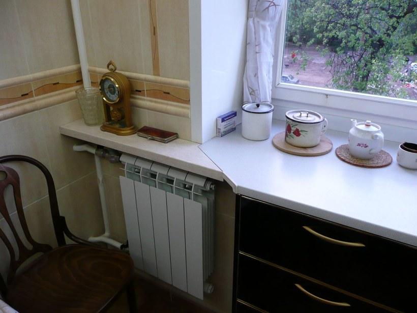 Полка под подоконником на кухне своими руками 45