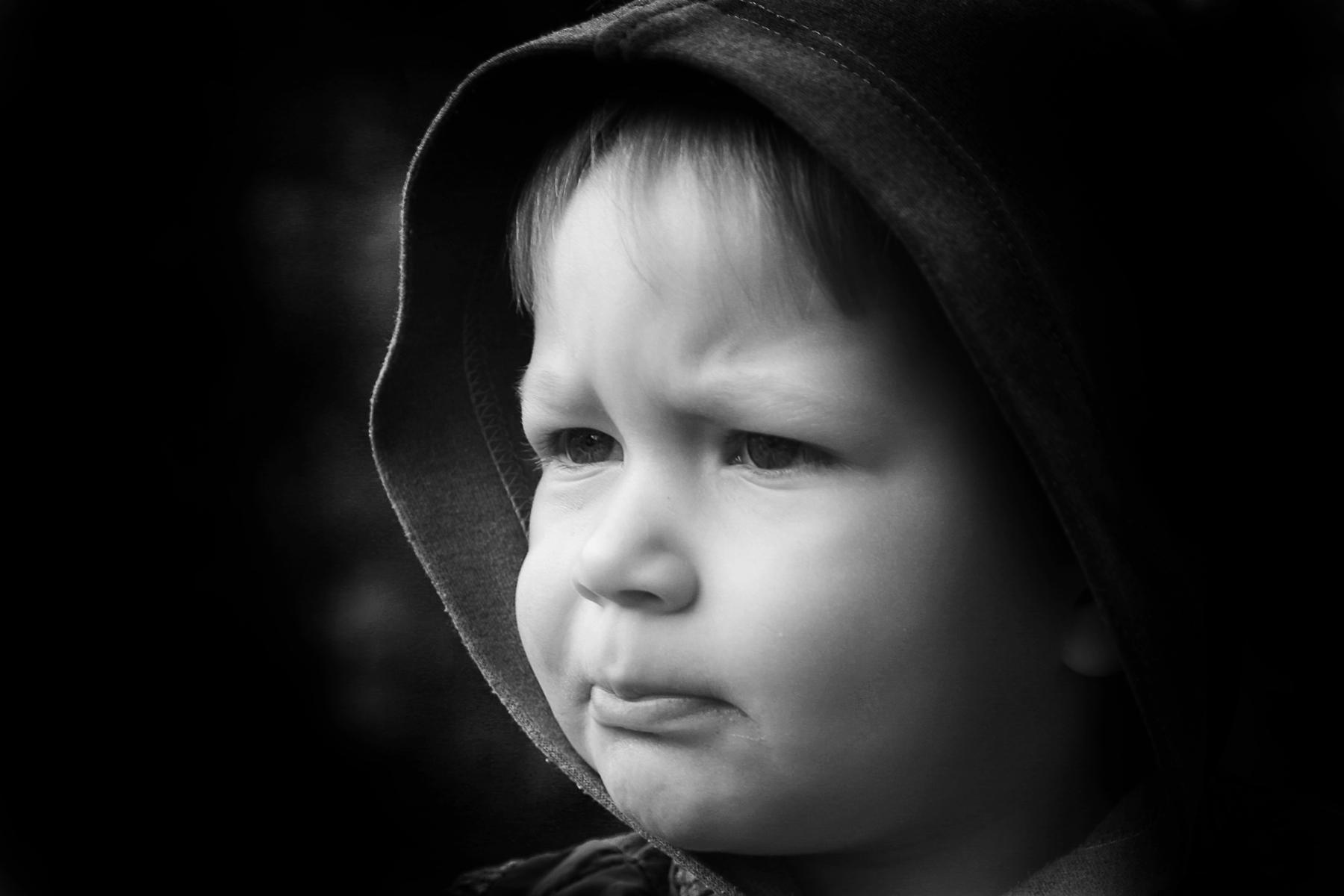 фото ребёнка чёрно-белое