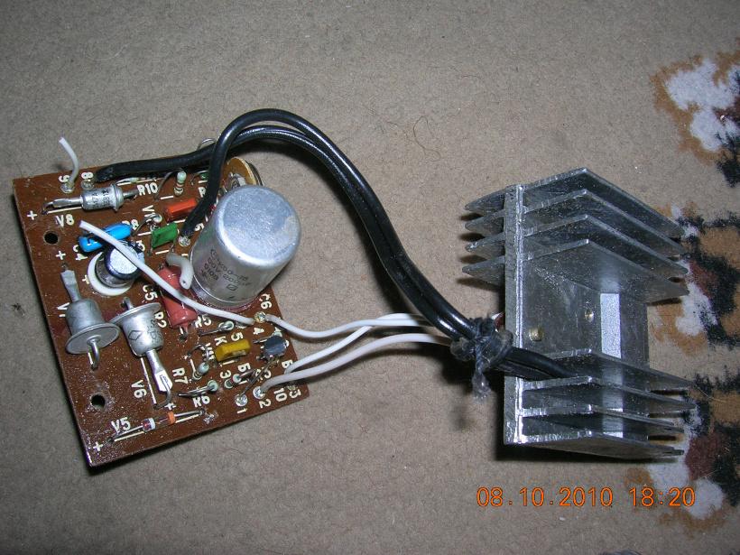 Как сделать зарядное устройство для аккумулятора 12в своими руками схема из